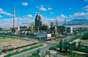 格尔木炼油厂实现了企业与环境和谐发展